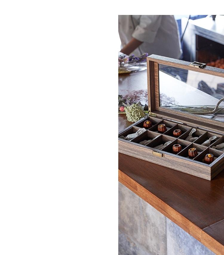 プノールは神戸北野でカヌレとキャラメルを作っているお菓子屋さんです。